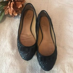 Tory Burch quilted bow flats